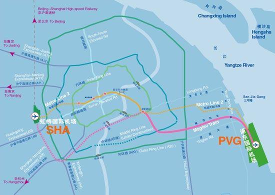 上海虹桥机场相距上海浦东机场约50多km。