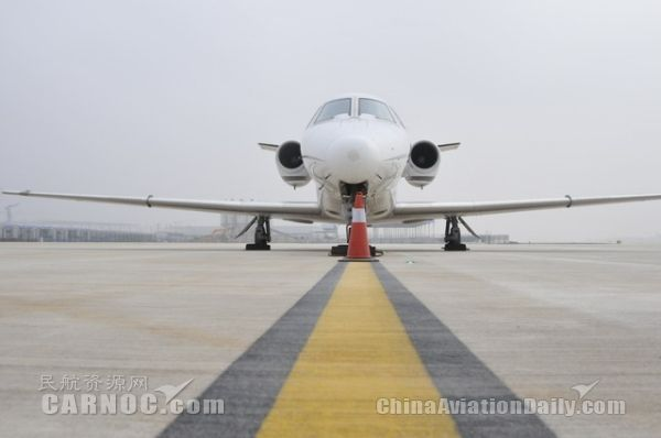 武汉机场二跑道安装Ⅲ类盲降 准点率将大为提高