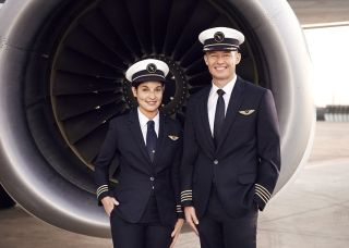 Qantas today unveiled the latest pilot uniform for its almost 3,000 domestic, international and regional pilots.