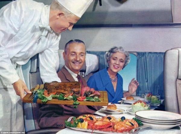 整只龙虾、整只火腿 半个世纪前飞机餐这样壕!