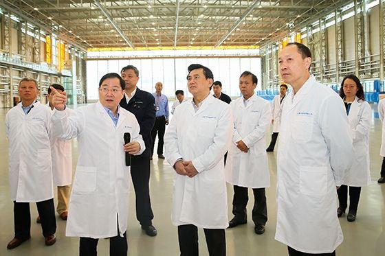 冯正霖调研中国商飞:全力支持C919研制工作