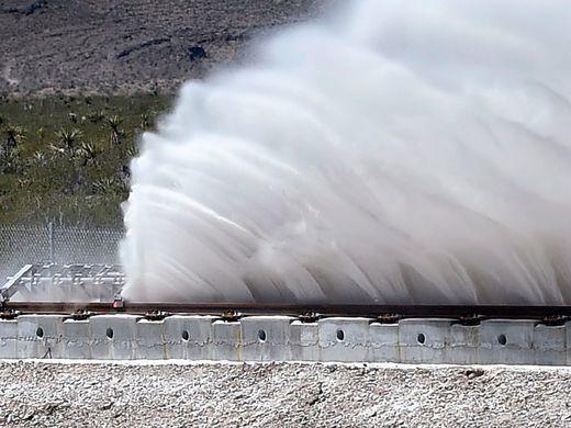 关于Hyperloop,你应该先搞清楚这四点事实