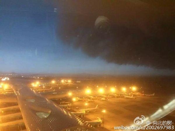 图:深圳机场塔台拍摄的场景