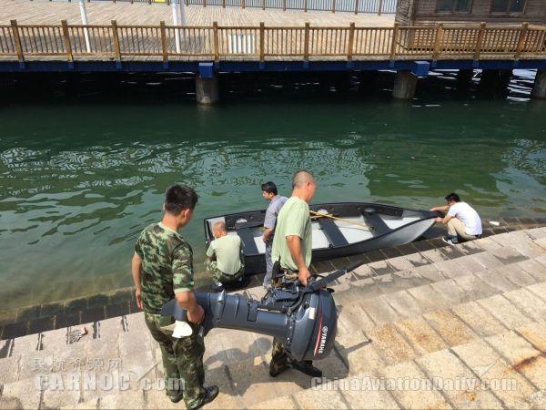 厦门呼市消防开展皮划艇,冲锋舟水上救援技培训机场哪里有卖风筝的图片