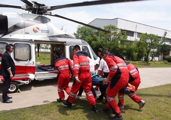 沪25架救护直升机将投用 数百元买保险就能坐