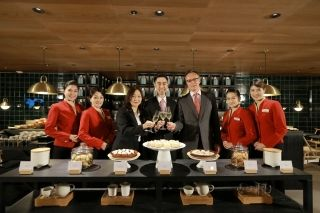 Cathay Pacific General Manager Product Leslie Lu (centre), General Manager Hong Kong International Airport Liza Ng (left) and General Manager Sales & Distribution Toby Smith pictured at The Pier Business Class Lounge.