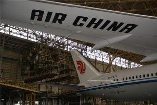 国航波音787-9宽体客机。
