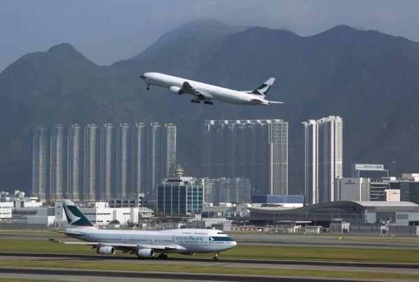 香港机场将增加34个停机位 增开夜间航班