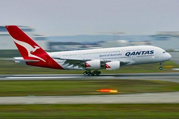 揭秘:第一次澳洲飞英国航班竟用了12天、31站