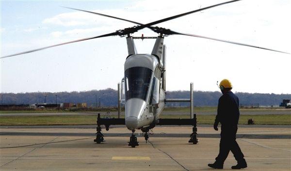 交叉雙旋翼直升機的螺旋槳為何不會相撞?圖片
