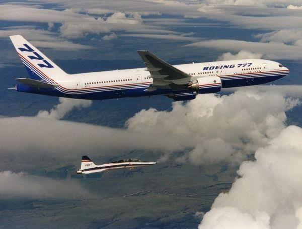 迷你巨无霸波音777传奇 全球最大双发飞机