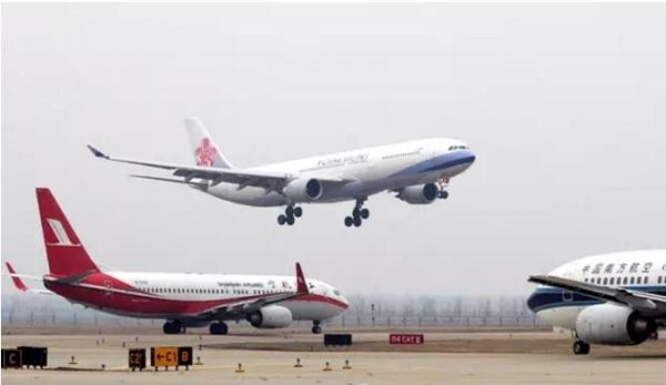 武汉天河机场航班正常性成功 摘帽
