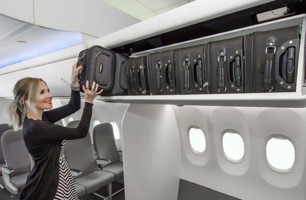美联航新规:便宜机票将无法免费使用行李架