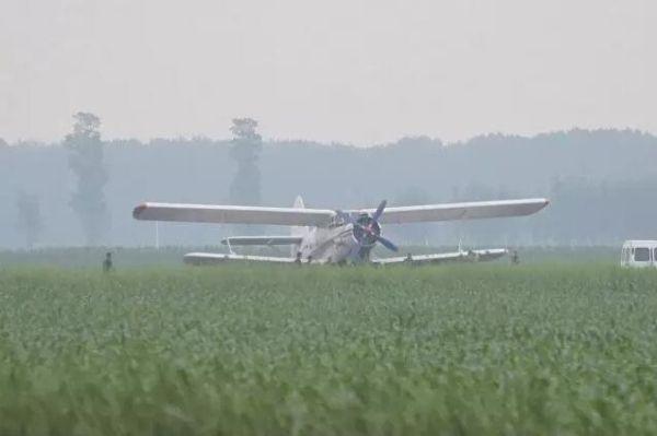 吉林农安县一架飞机迫降农田?真相来了