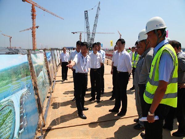 吉林省副省长调研长春机场二期扩建工程