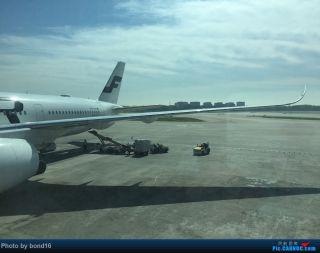 """下了飞机 感觉北京的空气还是那么""""新鲜"""""""