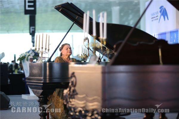 东京热钢琴曲谱