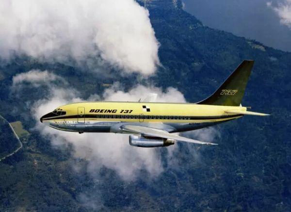 """""""波音宝贝""""737飞机成长记"""
