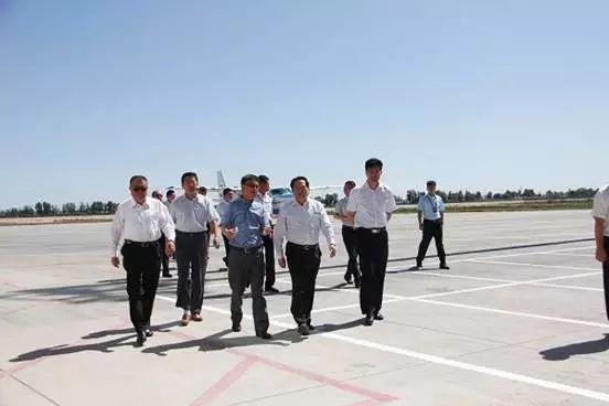 首都机场王星一行赴内蒙古调研通用航空发展
