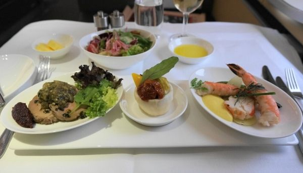 据说这些航空公司的飞机餐最好吃,来试一试?