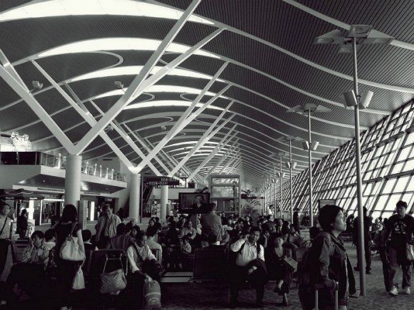 上海浦东国际机场:2015年共接待6005.3万游客