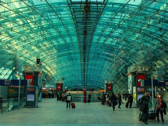 法兰克福机场:2015年共接待6103.2万游客