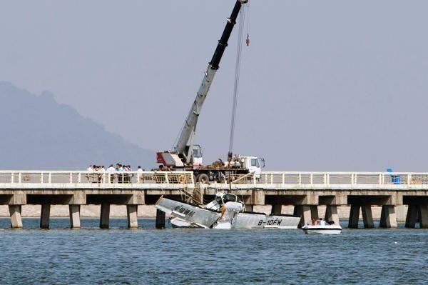 金山水上飛機首航撞橋事故:幸存者名單公布