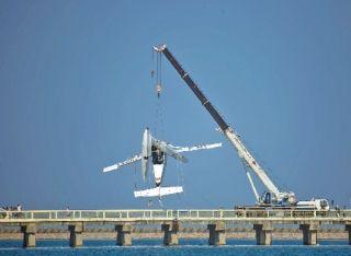 民航一周不安全事件纵览:水上飞机撞桥5死5伤
