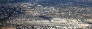 壮观! 网友航拍:美国拉斯维加斯机场全景