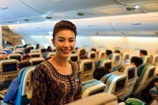 直击空姐培训现场 看新航如何做到亚洲最佳