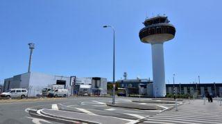 一名粗心乘客是怎么搅乱一整个机场的?