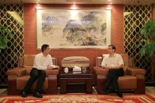 中南管理局局长会见北部湾航空董事长