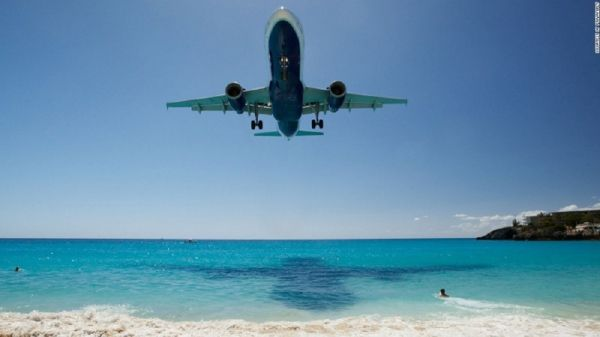 top8圣马丁岛机场,荷属加勒比海