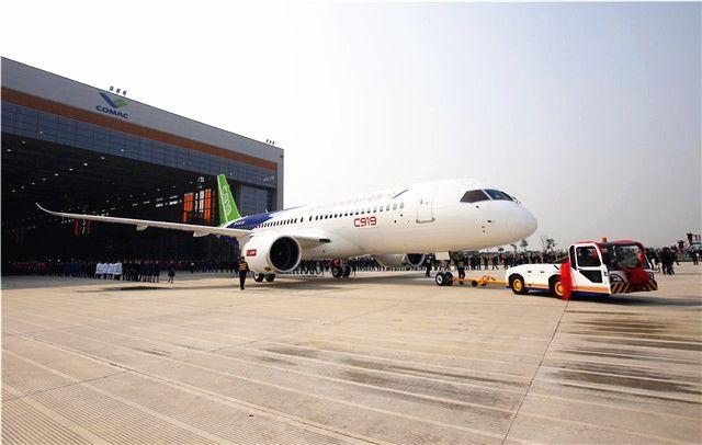 国产大飞机C919首飞在即 万亿航空产业将崛起