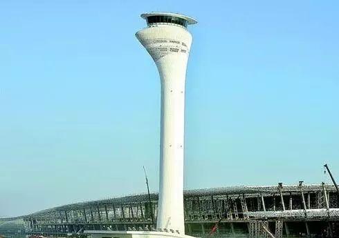 图片 天河机场凤冠塔台 不只是全国第一高这么简单