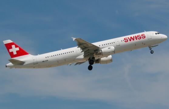 瑞士客机险与军机相撞 防撞系统接连发2次警告