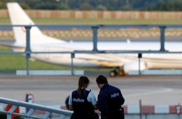 突發:兩架預定降落布魯塞爾飛機接到炸彈威脅