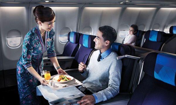 飞机经济舱哪个位置最舒适 带婴儿请坐这儿