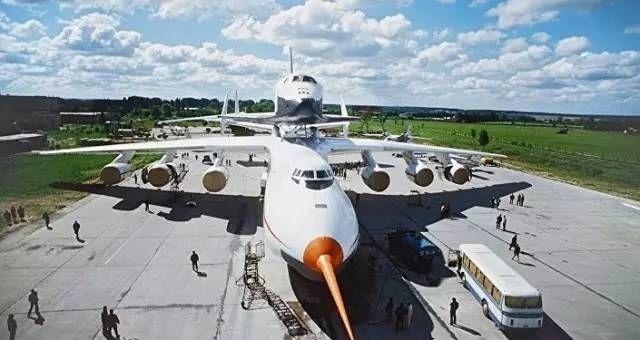 战斗民族要放大招  将用伊尔76飞机发射卫星