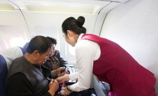 航司要求70岁以上须有体检报告 年龄歧视?