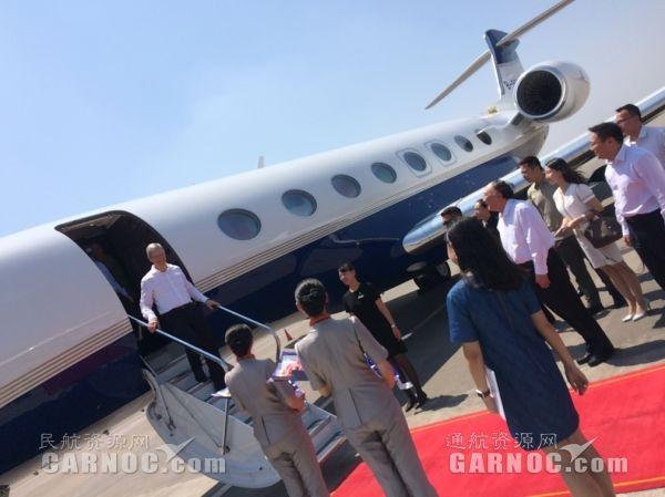 富士康董事长及苹果CEO搭乘专机赴重庆