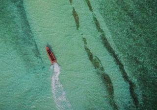 美哭了!网友用无人机航拍西沙群岛震撼美景