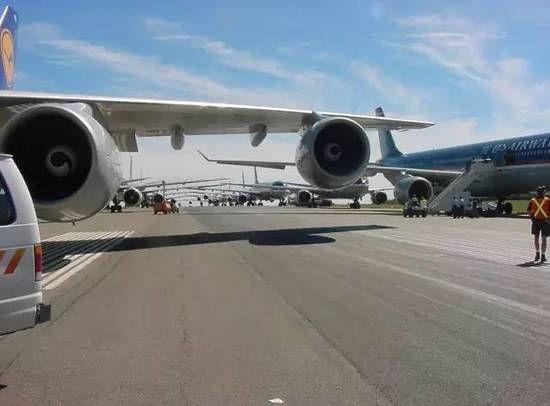 【揭秘】9.11当天大批民航客机都去哪了?
