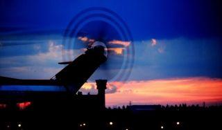 直升机夜航训练:带你领略夜间飞行的那些美