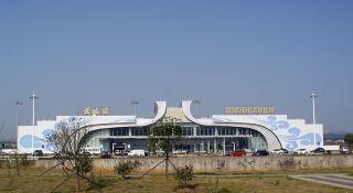 景德镇机场迅速排故 保障航班正常起飞