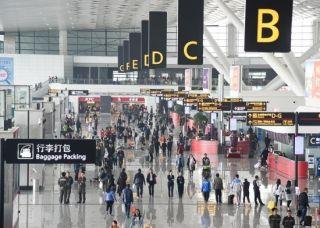 郑州机场出入境旅客比去年提前一月过百万