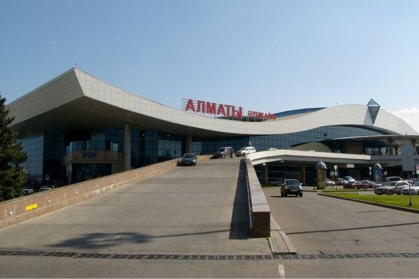 阿拉木图机场因水银泄露致6架次航班延误