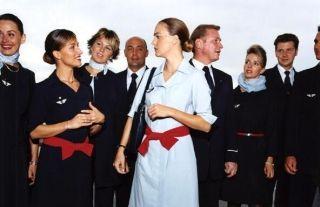 摄影师环球旅行拍摄各国空姐
