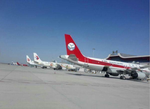 构建敦煌机场完善的航空网络,成为西北重要的旅游支线机场.