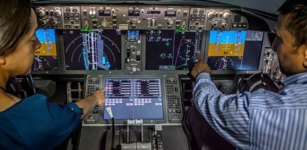 波音787驾驶舱按钮图解